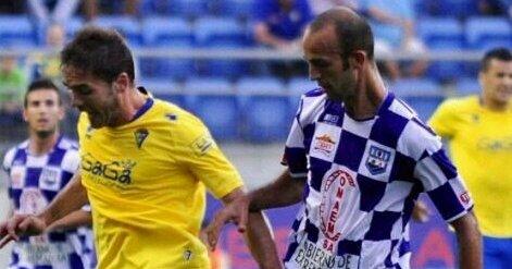 """Juanma Morán: """"Mi prioridad es jugar en Segunda B, pero no descarto la Tercera"""""""